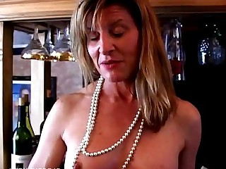 Boobs Cougar Granny Housewife Juicy Mammy Mature MILF